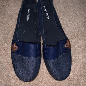 Náutica navy blue loafer size 7